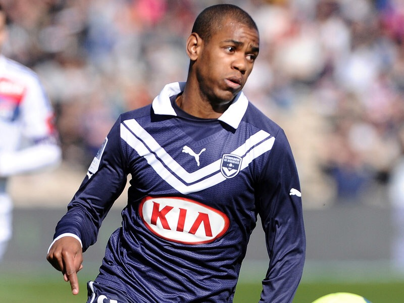 Big news on Fulham's contract offer to Diego Rolan